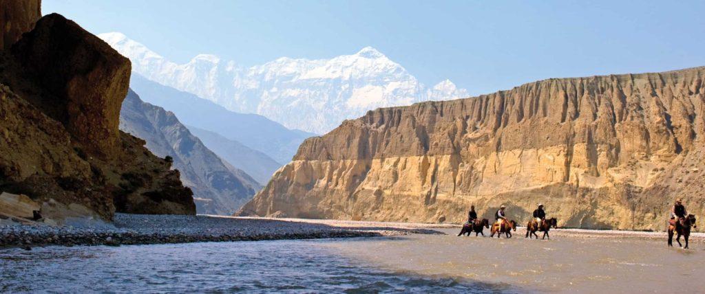 Best Nepal trekking season guide