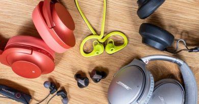 wireless earphones work